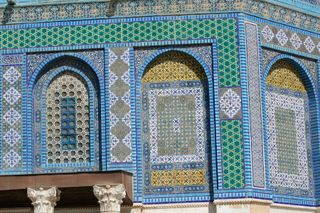 Tiles-on-Dome-of-the-Rock