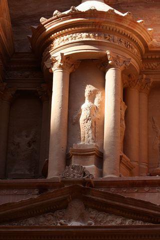 Petra-Treasury-2
