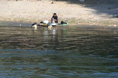 Washing-in-Nile1