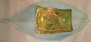 Metal-magic-bug-and-fabric-paper-leaf