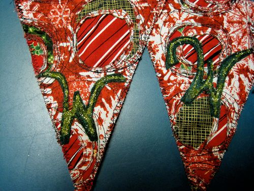 Close-up-W-Xmas-banners