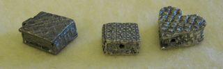 Box-beads