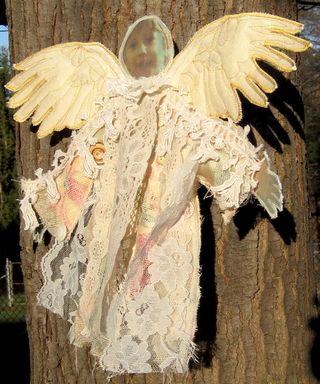 Angel-Ayla-1