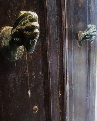 Italian-Door-knobs4