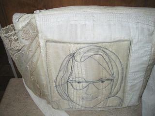 White-purse-back