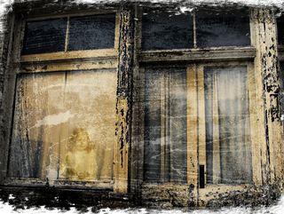 Maine-window-with-girl