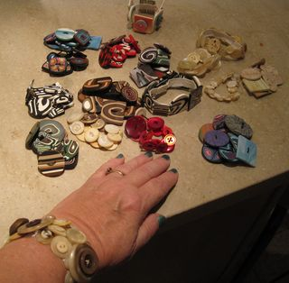 My-button-bracelets
