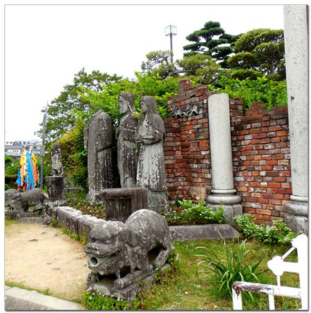 Urakami-statues-survived