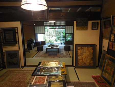 House-of-gold-leaf-artist-in-Kyoto