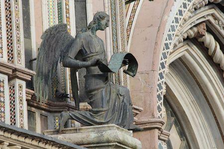Orvieti-Duomo-angel