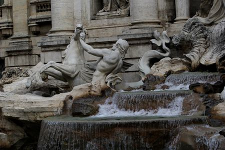 Rome-Trevi-close-up