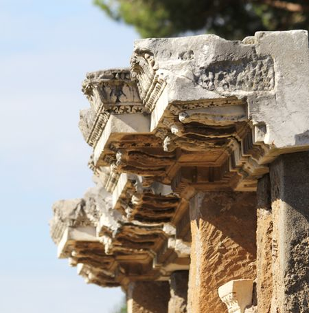 Ostia-Antica-building-edge