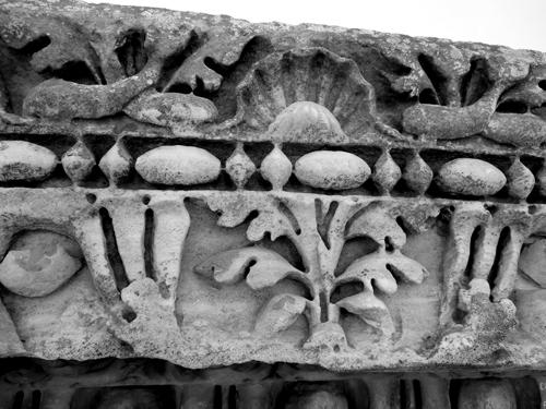 Ostia-Antica-frieze-blend-w-black