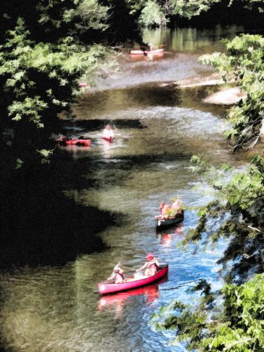 Canoes-on-the-brandywine
