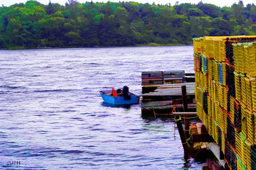 Boat-by-dock-1